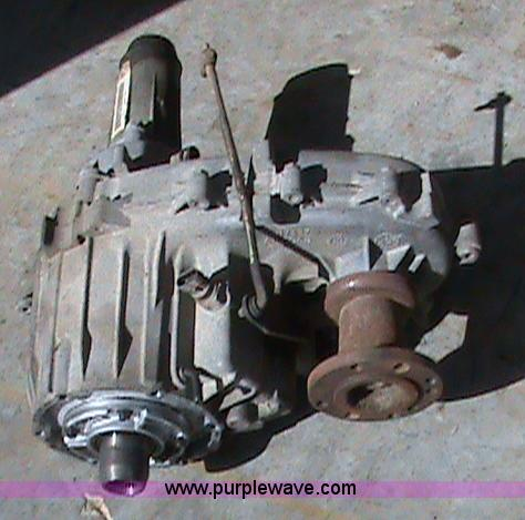 Four wheel drive transfer case from 1994 Chevy Suburban | It