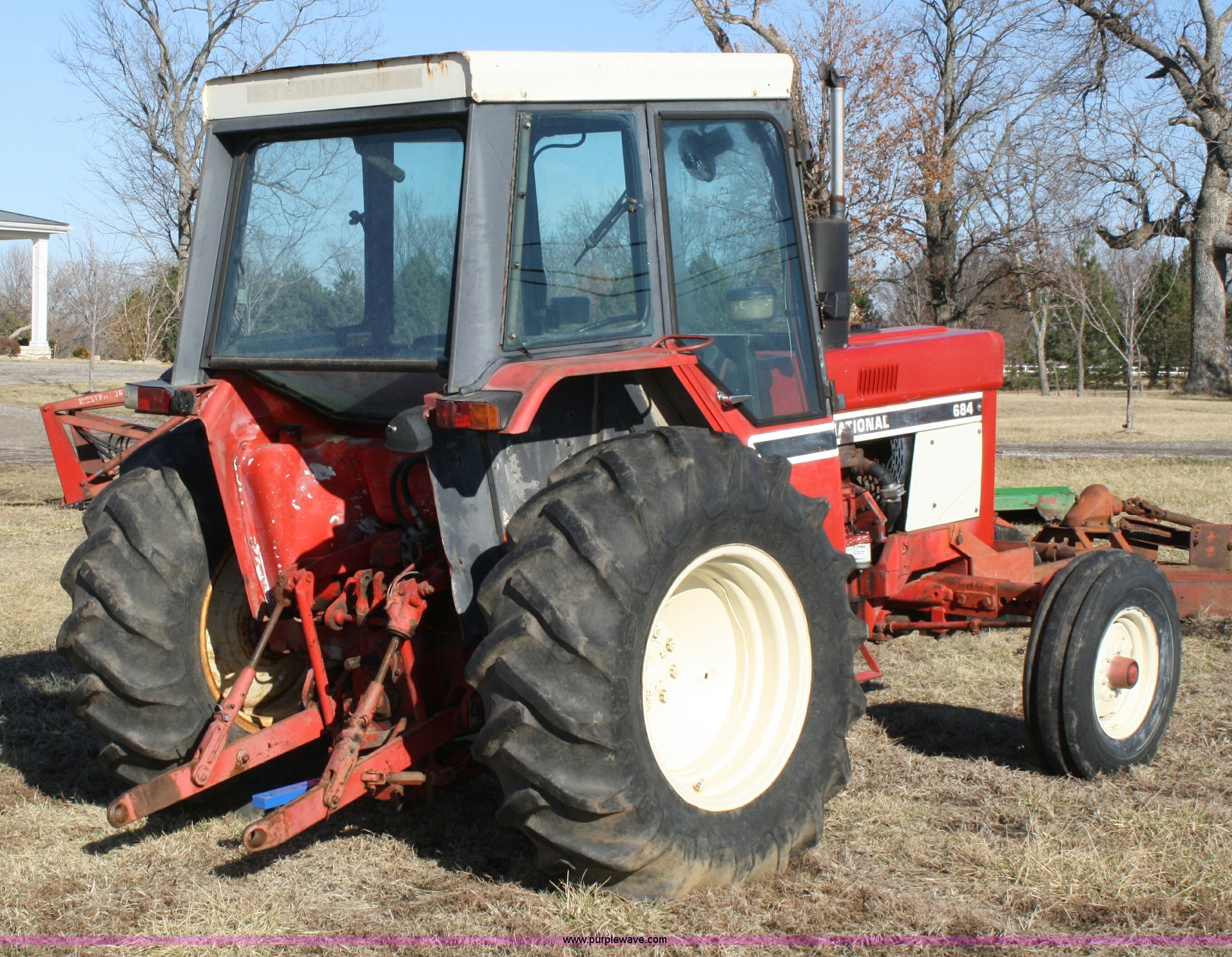 International 684 tractor | Item 4965 | SOLD! March 30 Ag Eq