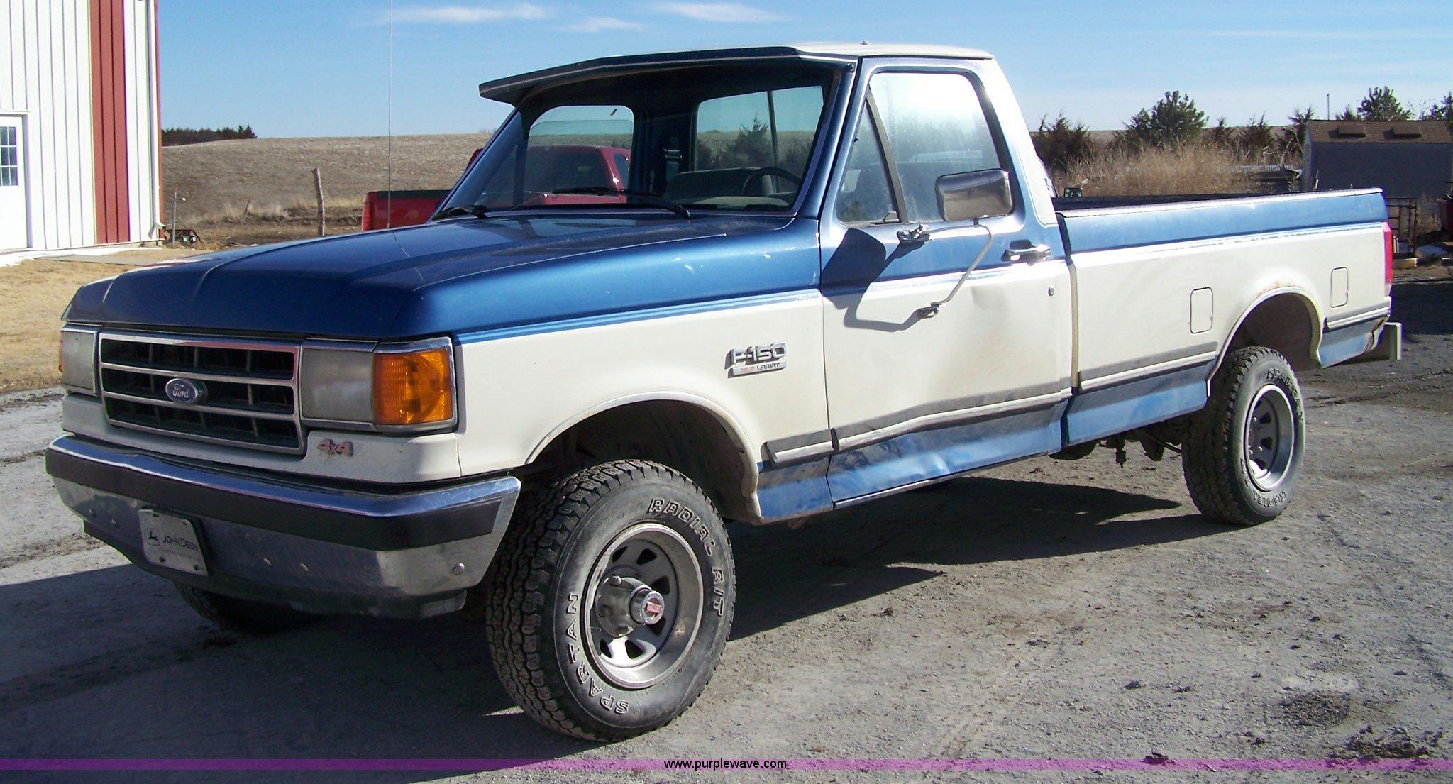 1990 ford f150 xlt lariat pickup truck item 7316 sold m. Black Bedroom Furniture Sets. Home Design Ideas