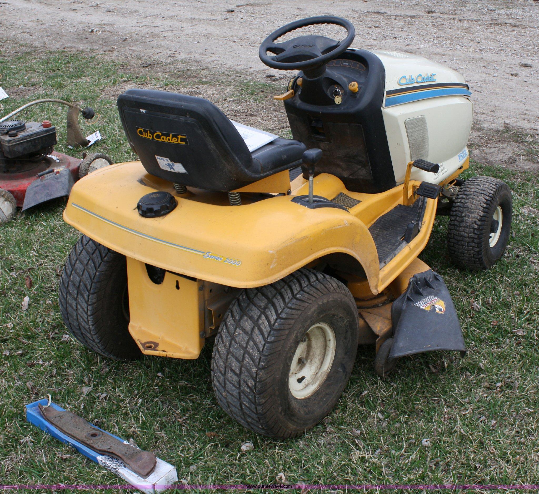 ... Cub Cadet 2130 lawn mower Full size in new window ...