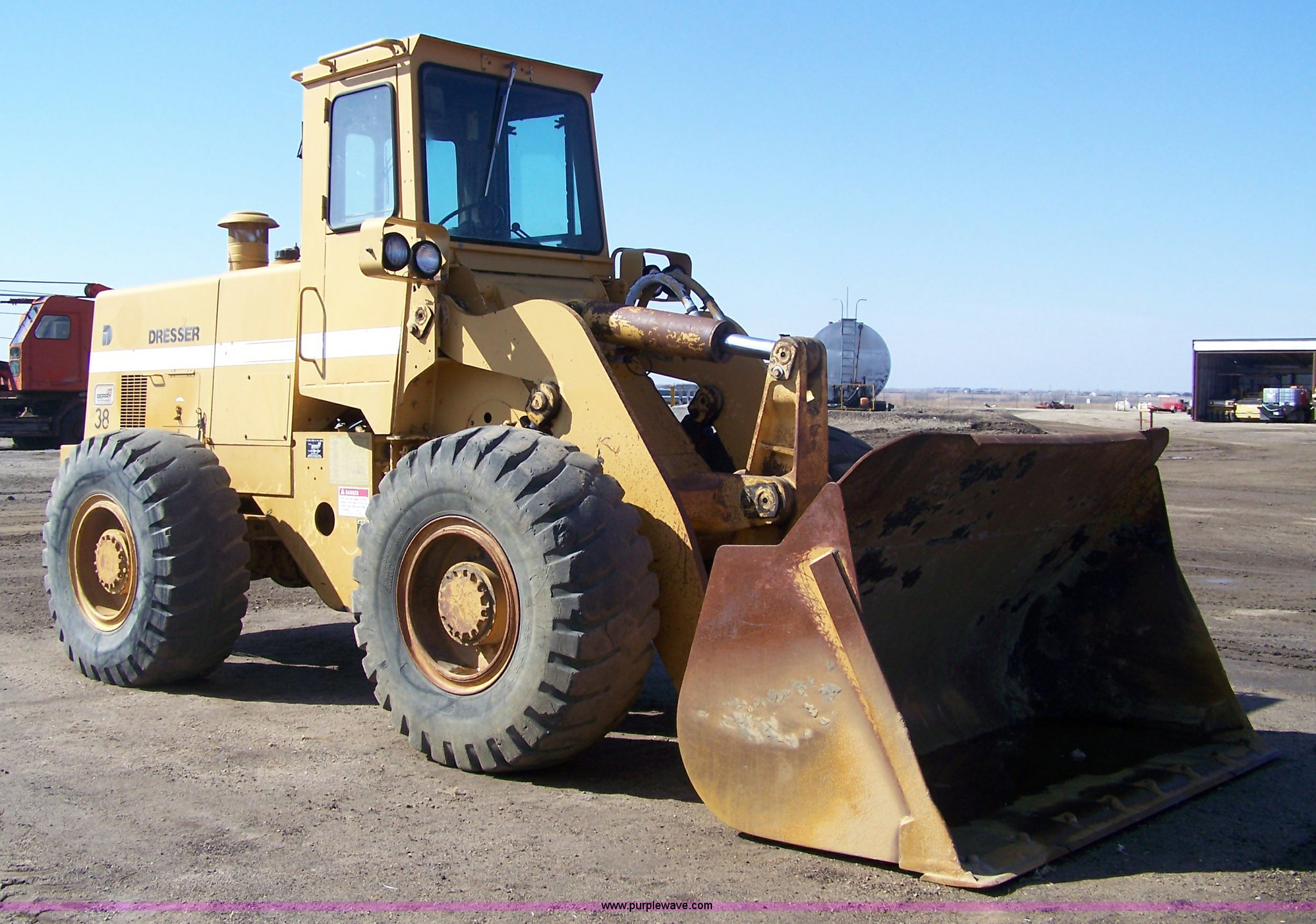 ... Dresser 530 wheel loader Full size in new window ...