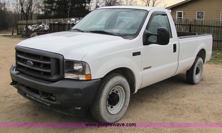 2004 ford f250 xl super duty pickup truck item 8438 sold. Black Bedroom Furniture Sets. Home Design Ideas