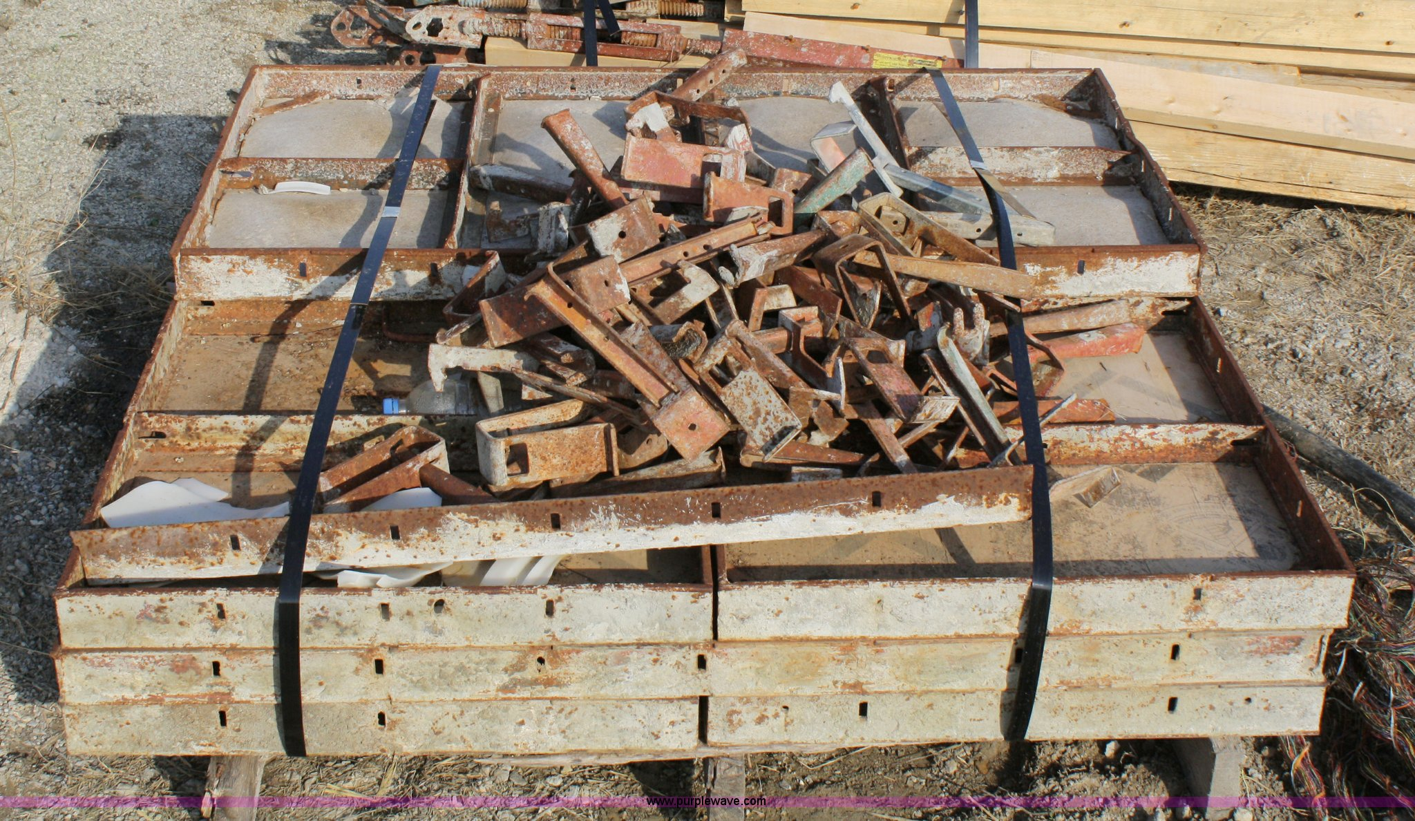 Symons concrete forms | Item 4926 | SOLD! April 21 Meadows C