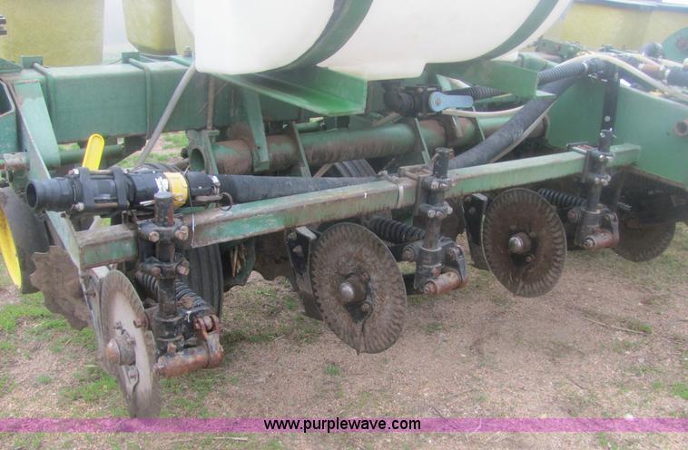 John Deere 7000 Six Row Notill Planter Item 6120 Sold