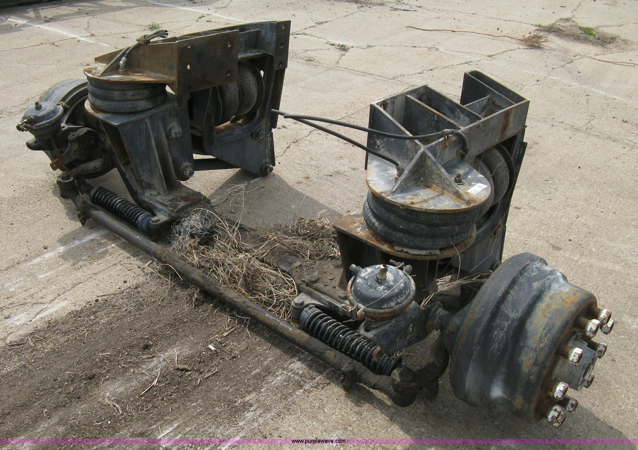 Semi truck front axle | Item 8121 | SOLD! April 27 Midwest I...
