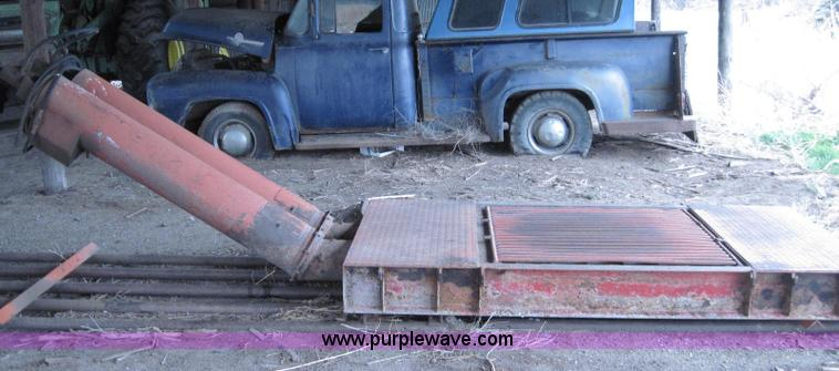 Semi truck dump pit   Item 2034   SOLD! May 11 Ag Equipment
