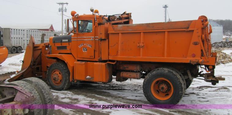 1966 Oshkosh M 4827G snow plow/spreader truck | Item 4040