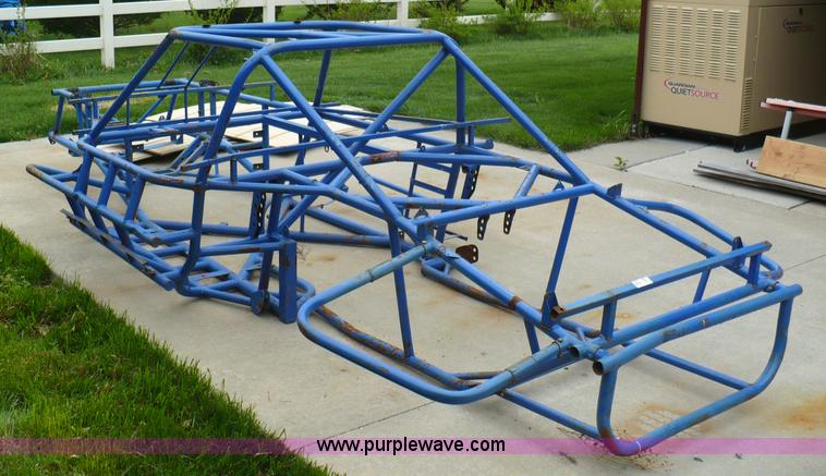 Race car chassis, frame only | Item 5960 | SOLD! May 18 Midw...