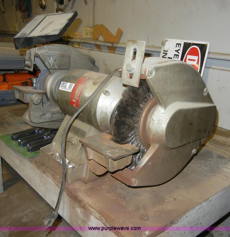 Wissota E10 Bench Grinder Item 2413 Sold May 25