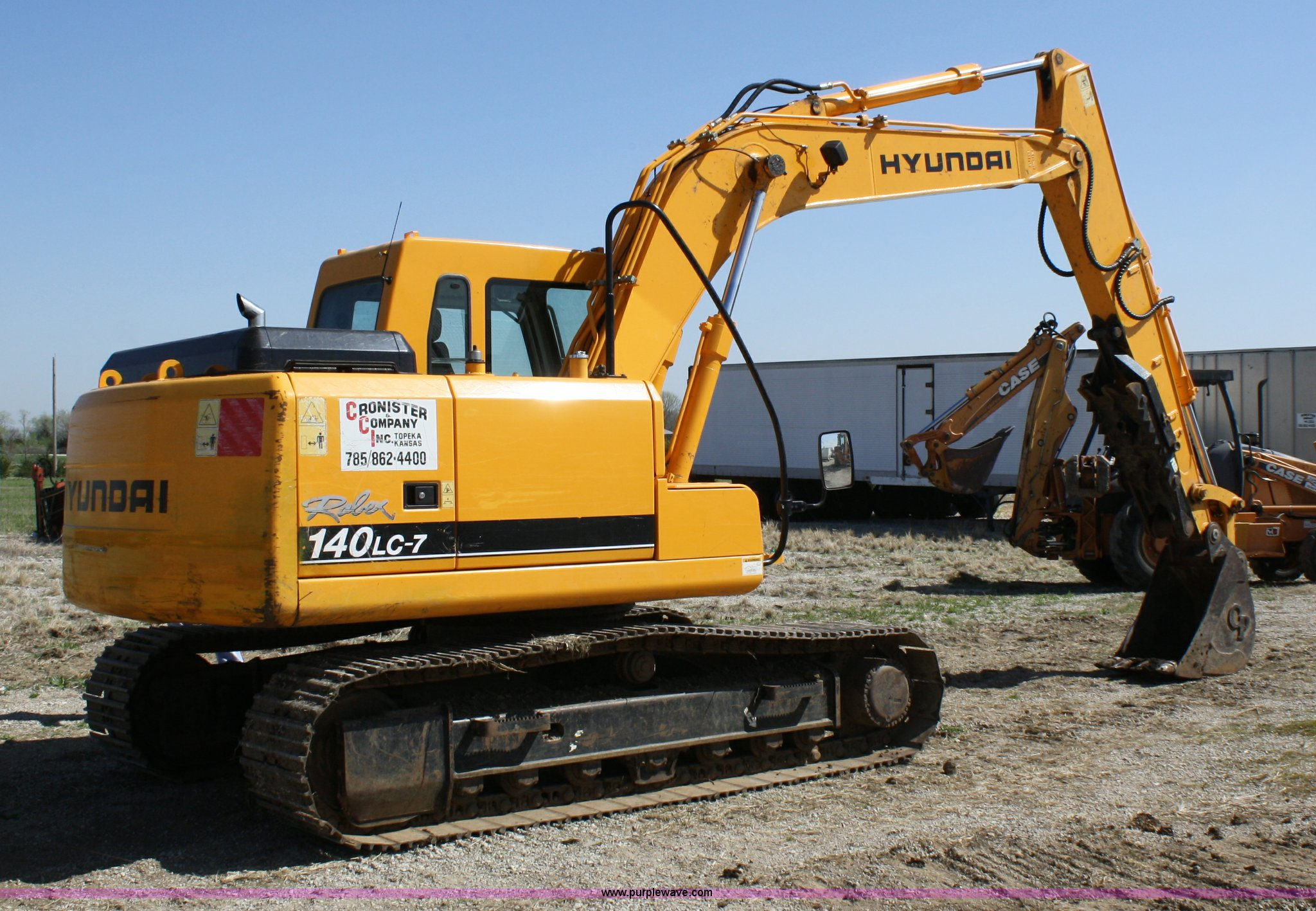 ... Hyundai 140 LC7 excavator Full size in new window ...