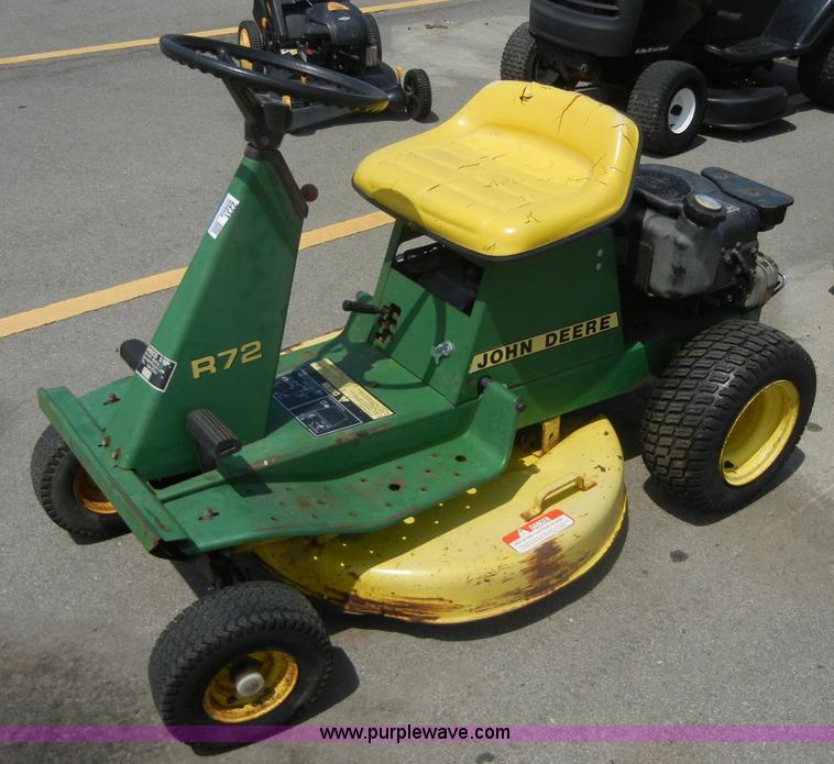 Johndeere r70/r72/r92 etc riding mower oem oem owners manual.