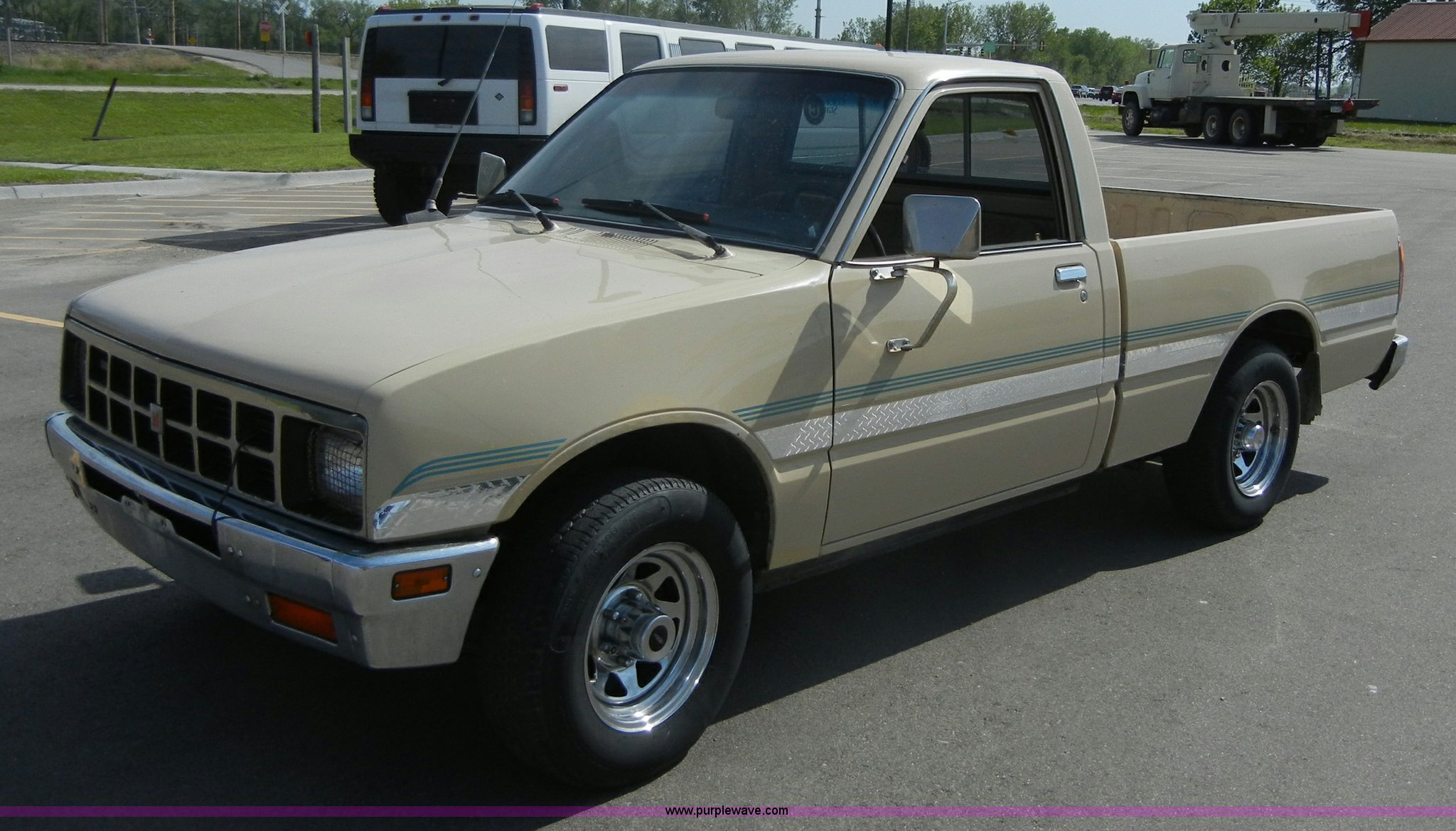 1984 Isuzu Pickup short bed truck   Item 2215   SOLD! June 1