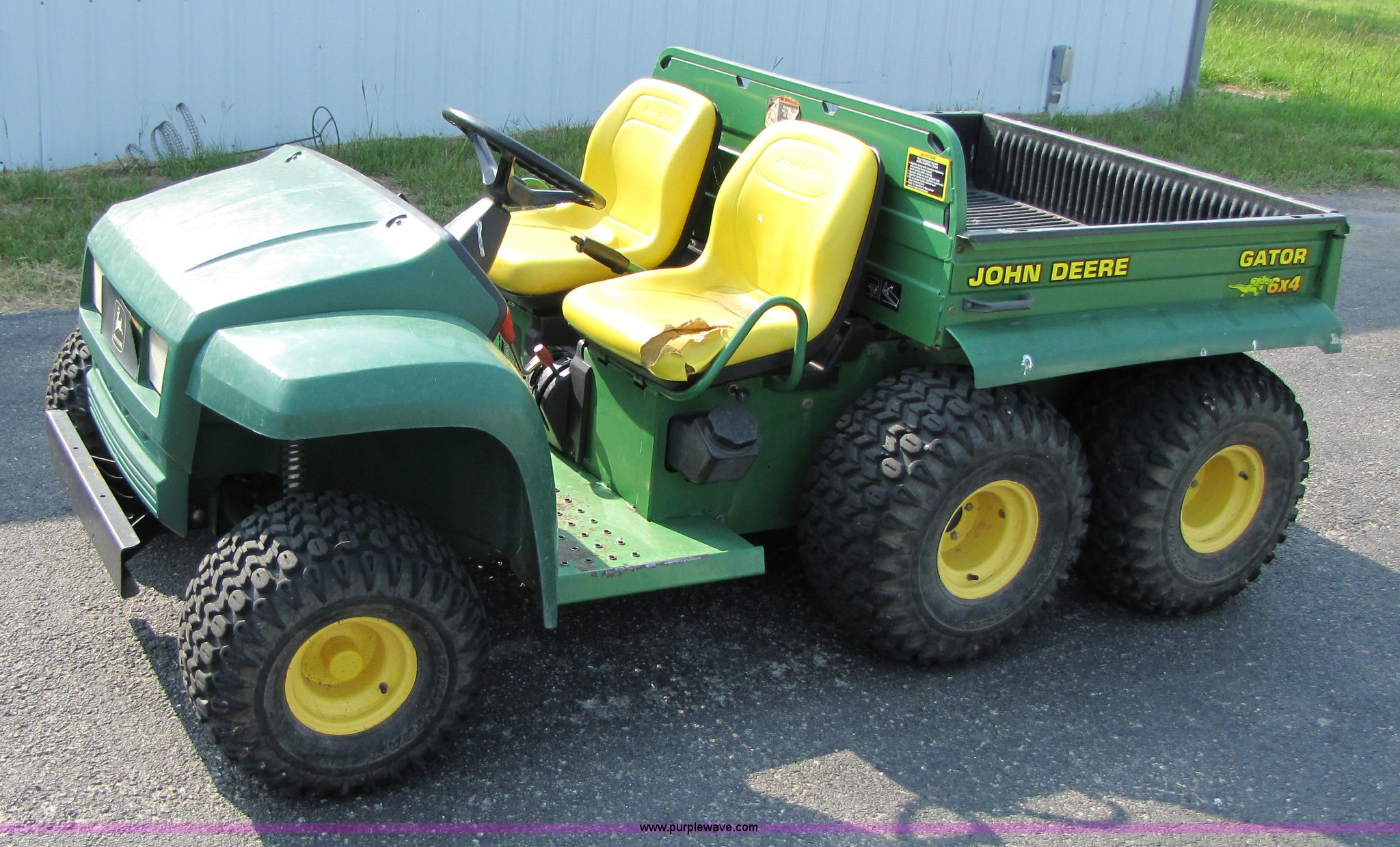 john deere gator 6x4 item 3440 sold june 16. Black Bedroom Furniture Sets. Home Design Ideas