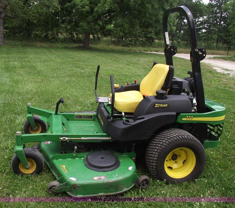 John Deere Zero Turn Mowers : John deere ztrak zero turn mower item
