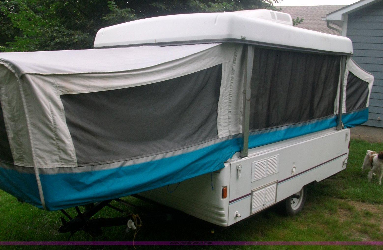 ... Fleetwood Santa Fe pop up camper Full size in new window ...