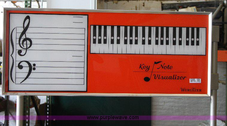 Wurlitzer key note visualizer instructional pianos   Item 63