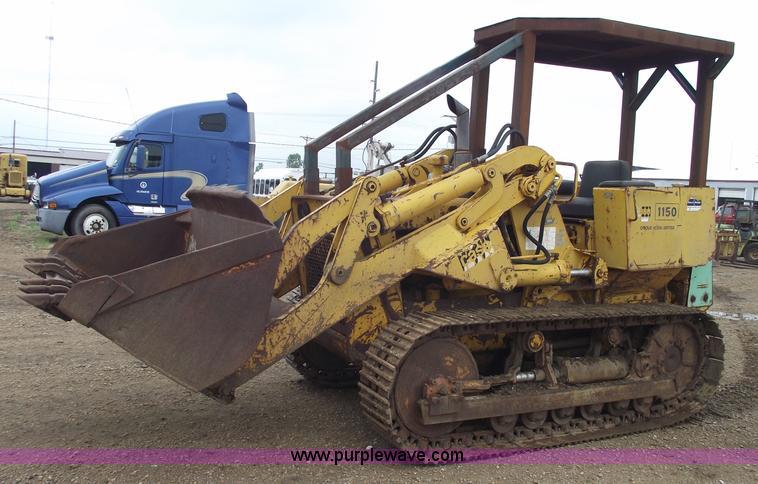 1966 Case 1150 track loader | Item 5425 | SOLD! July 14 Cons