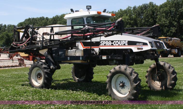 2000 AGCO Spra Coupe 4440 Sprayer Item A2024 SOLD Dean