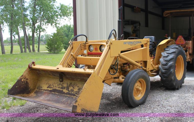 Ih 2424 Tractor Loader : International tractor item a sold july ag