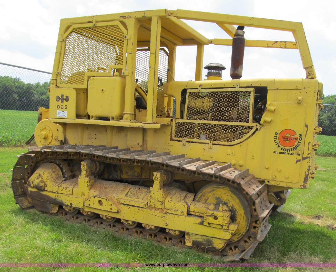 1975 Komatsu D85 dozer | Item A4905 | SOLD! July 28 Construc