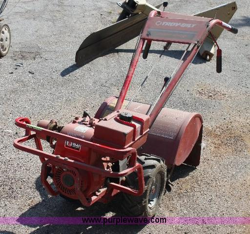 Troy Bilt Econo Horse Rear Tine Tiller Item B9775 Sold