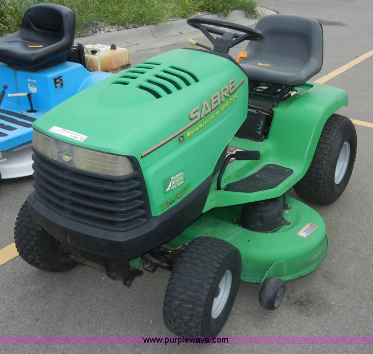 John Deere Sabre >> John Deere 1742 Sabre Lawn Mower Item A9981 Sold August