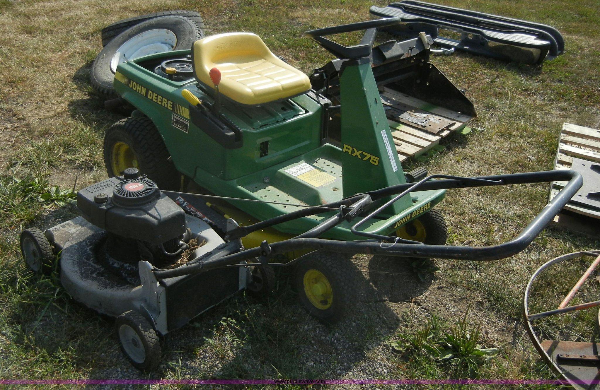 John Deere Sx75 9 Hp Lawn Tractor   John Deere Lawn
