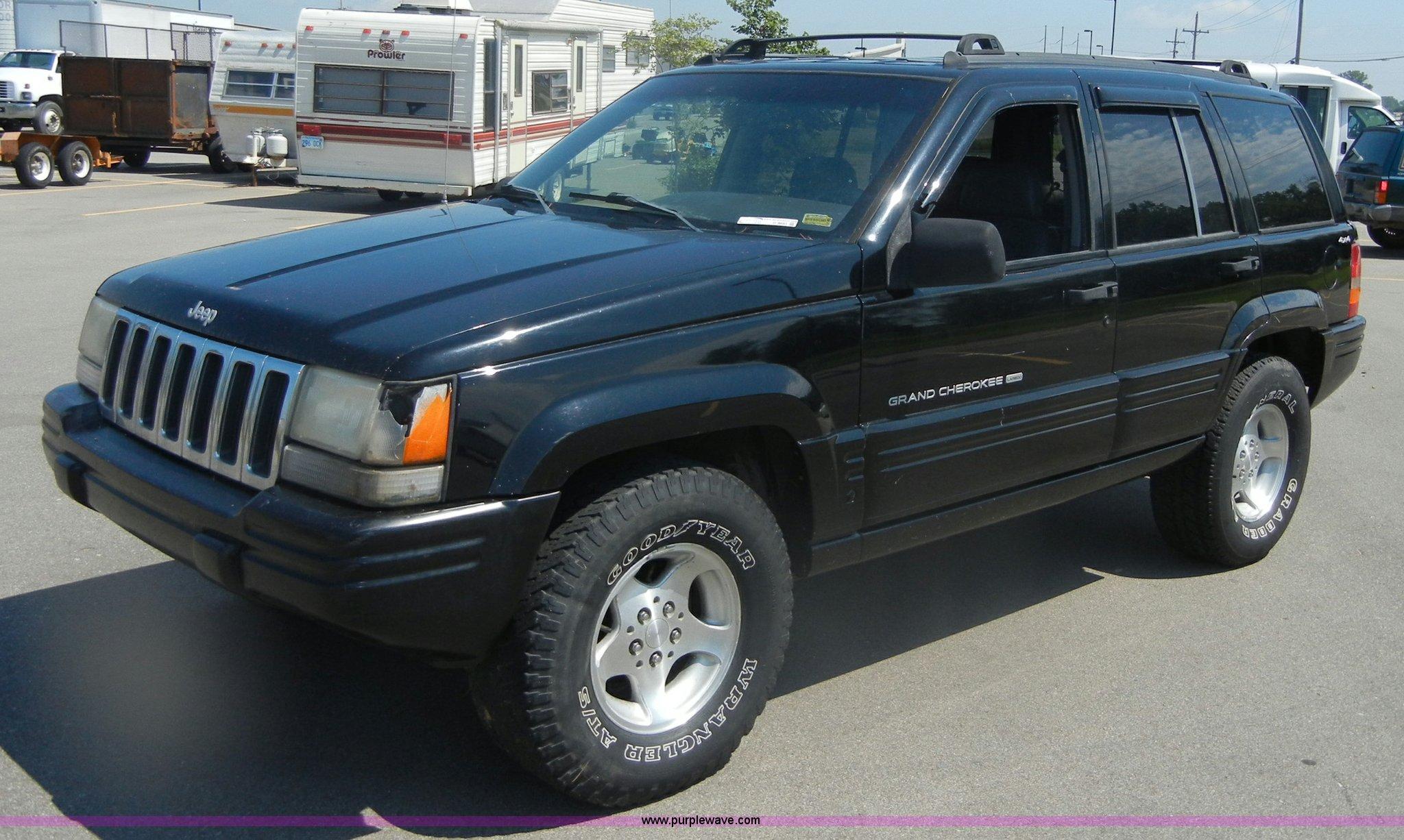 1998 Jeep Grand Cherokee Laredo >> 1998 Jeep Grand Cherokee Laredo Se Suv Item D9683 Sold