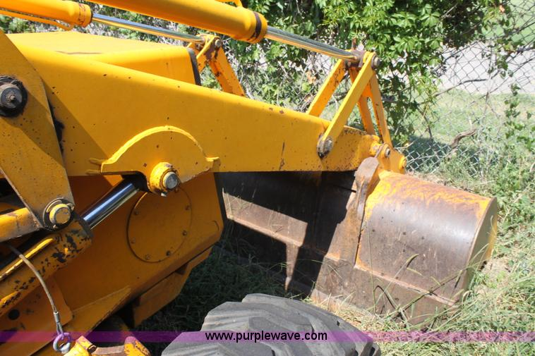 1990 JCB 1400B extra dig backhoe | Item A2760 | SOLD! Septem