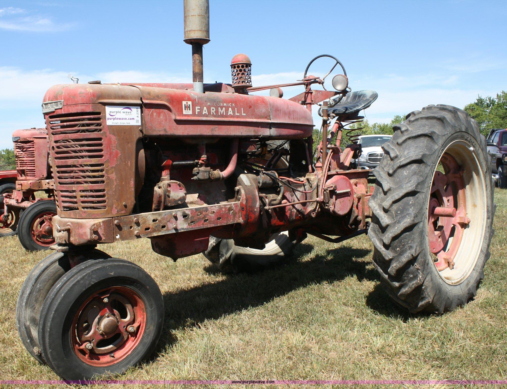 1946 International Farmall M tractor in Parker, KS | Item A2305 sold |  Purple Wave