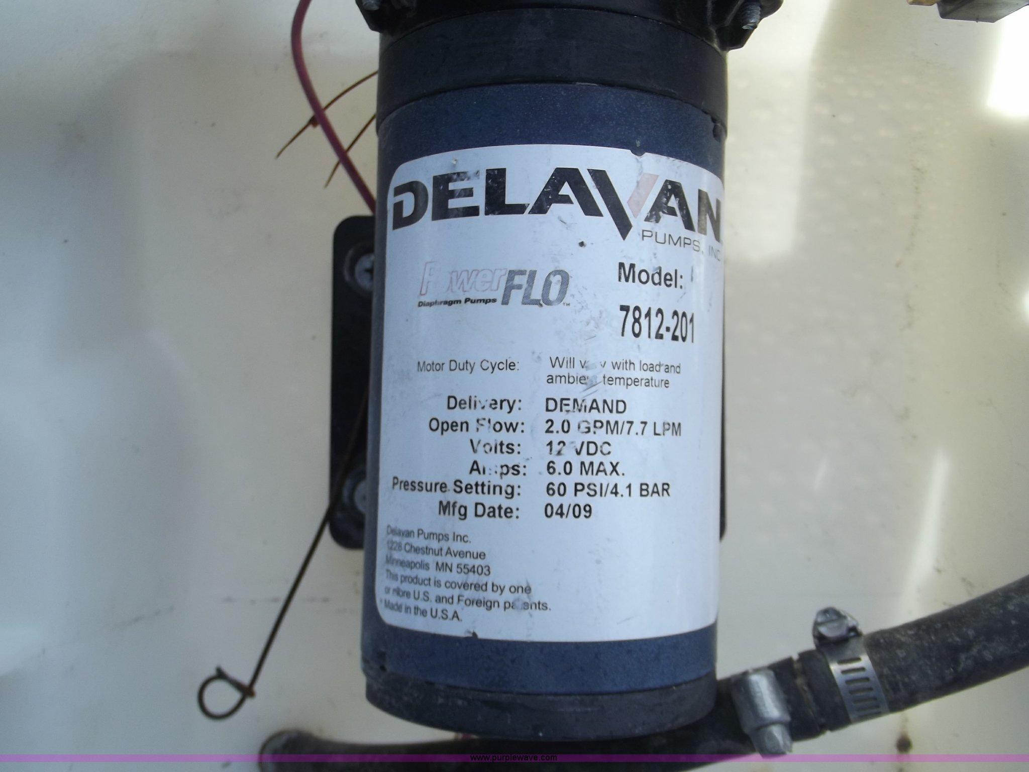 County Line towable sprayer | Item G9294 | SOLD! September 2
