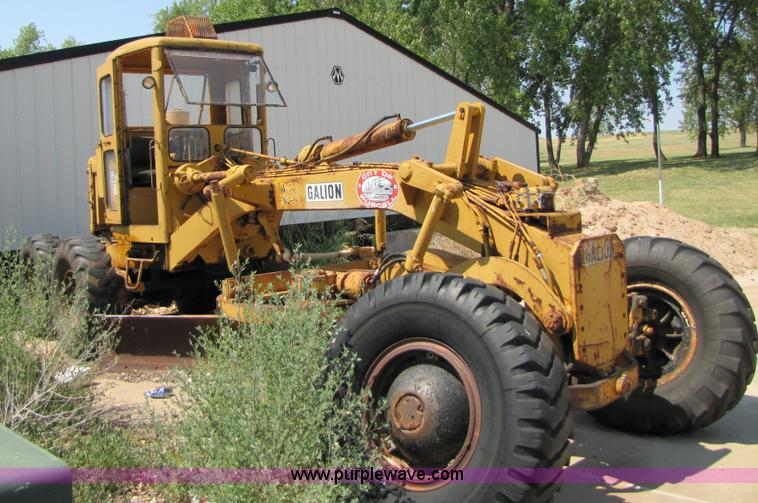 1964 Galion 118 motor grader | Item A4634 | SOLD! October 11