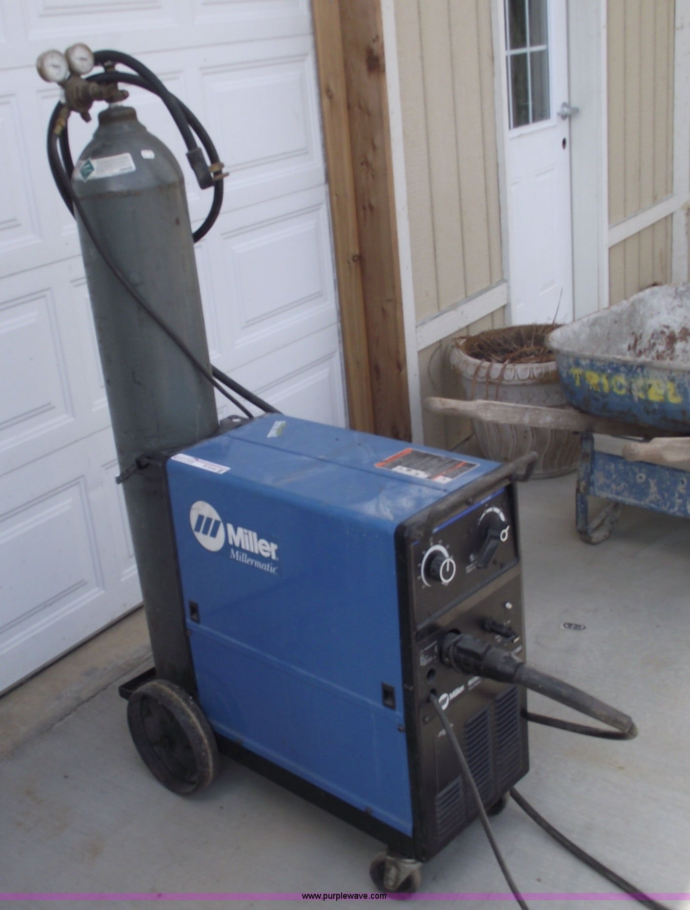 Miller Millermatic Vintage Wire Welder Data Wiring A Mig Item B9144 Sold October Rh Purplewave Com Used Welders