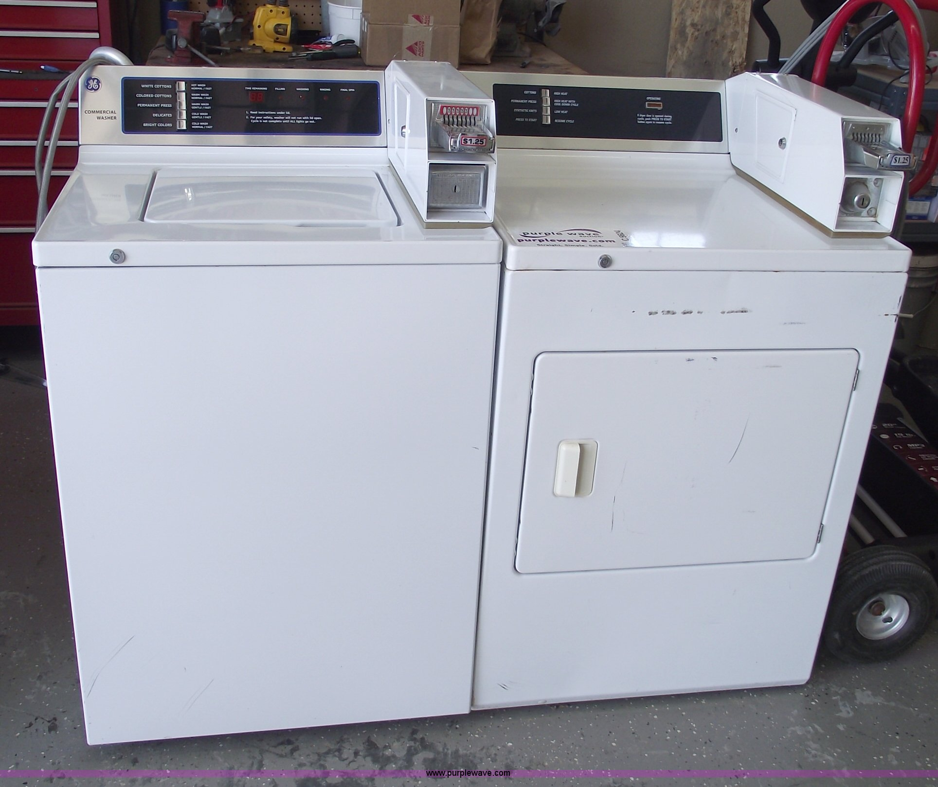 coin op washer and dryer