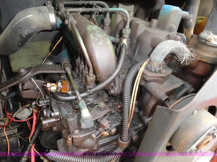 1983 Bobcat 743 skid steer | Item A3239 | SOLD! October 27 C