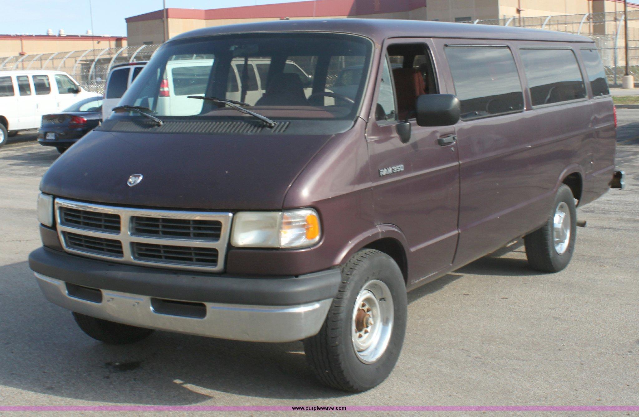 B8501 image for item b8501 1994 dodge ram b350 van
