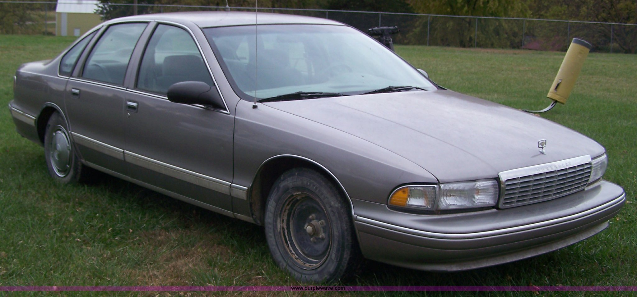 1995 Chevrolet Caprice Classic | Item D8536 | SOLD! November