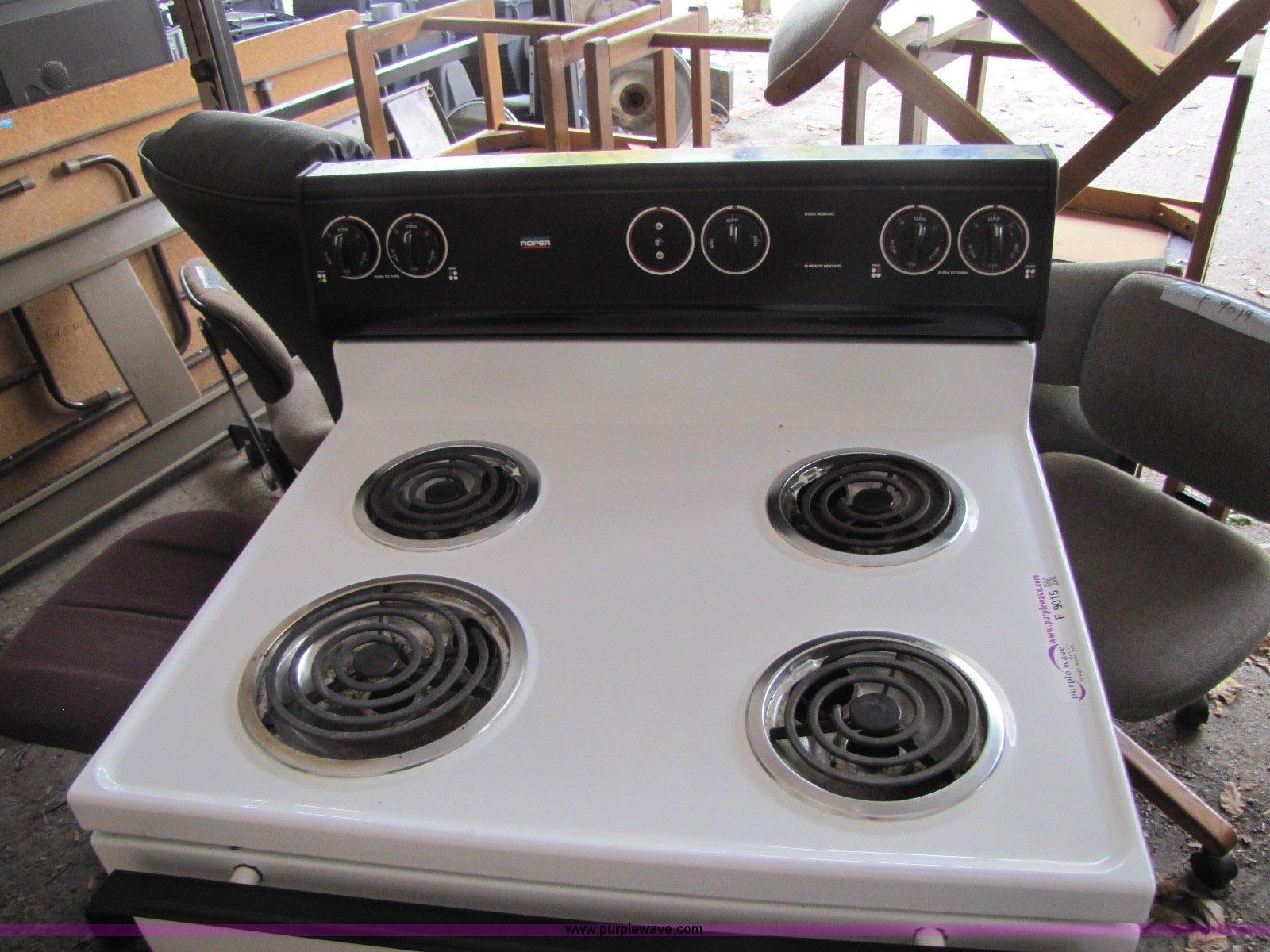 Roper Stove Electric Troubleshooting Range Wiring Diagram Four Burner Oven Item F9015 Sold November 8