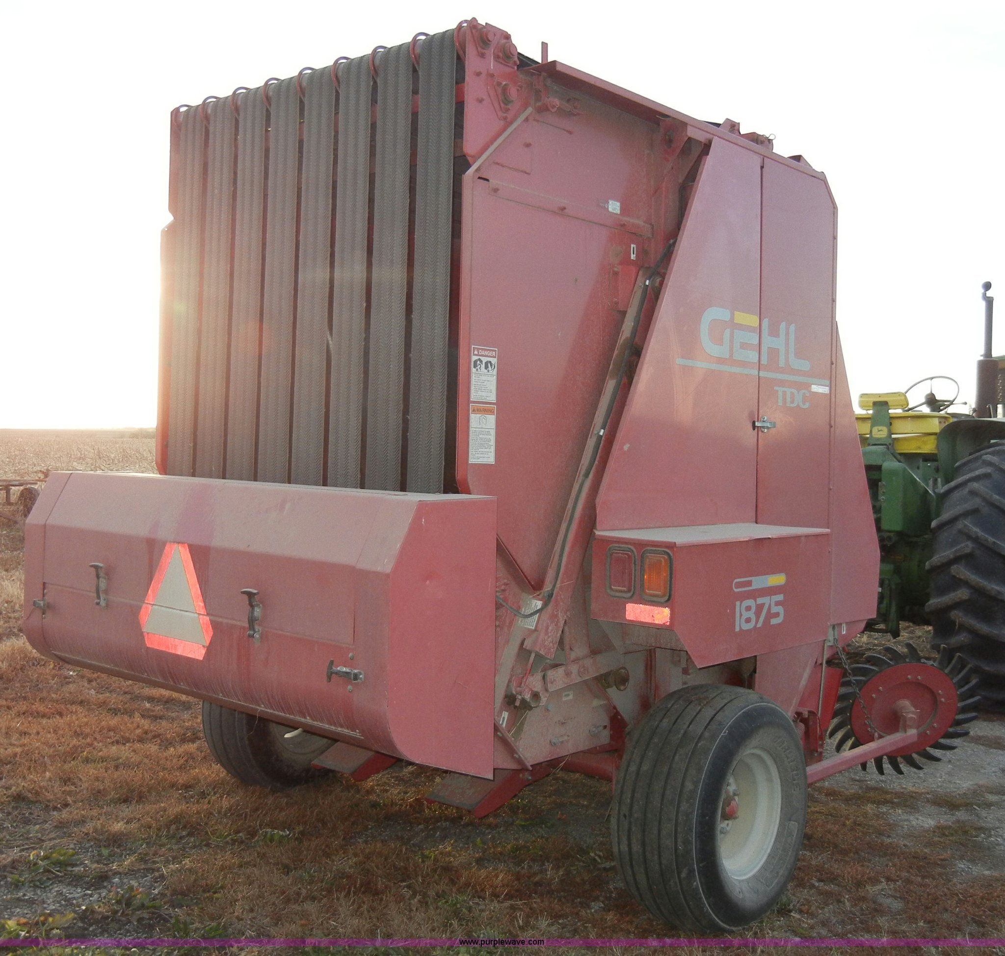 ... Gehl TDC 1875 round baler Full size in new window ...