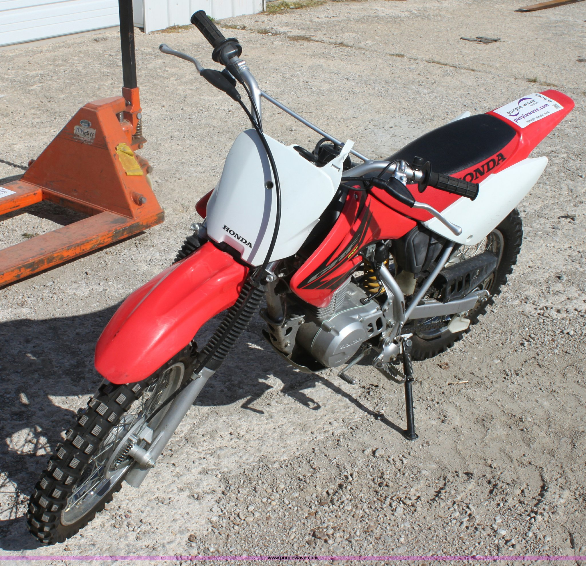 Honda CRF 80cc dirt bike | Item B8665 | SOLD! November 30 Mi...