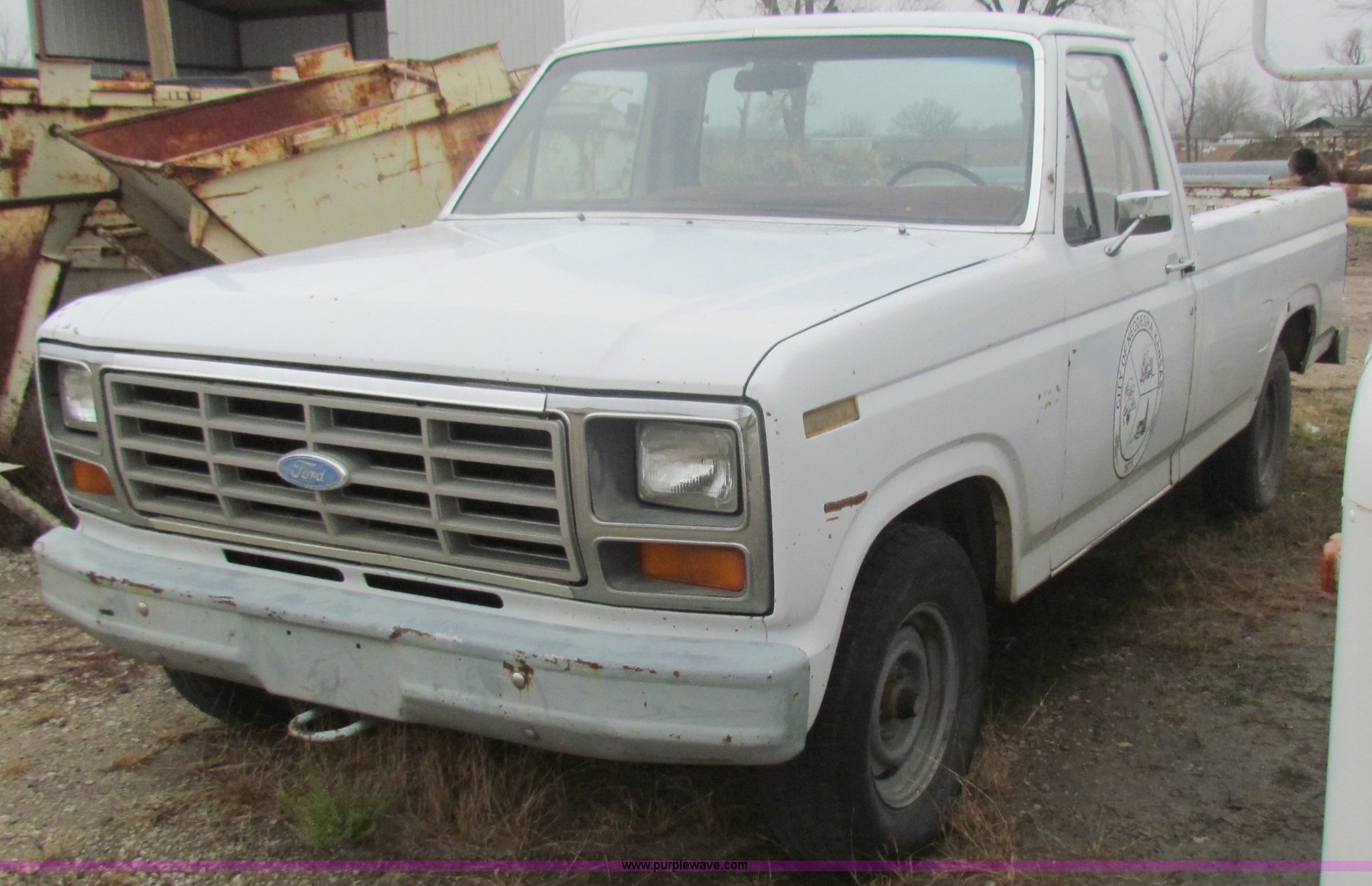 B7013 image for item b7013 1983 ford f150