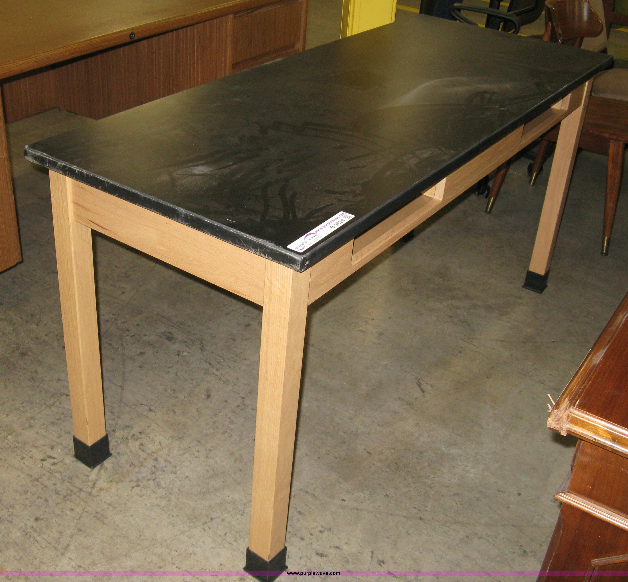 B9629 Image For Item B9629 (10) Slate Top Lab Tables