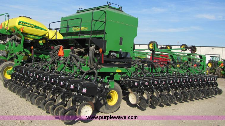 2006 John Deere Db60 36 Row Planter Item B2000 Sold Dec