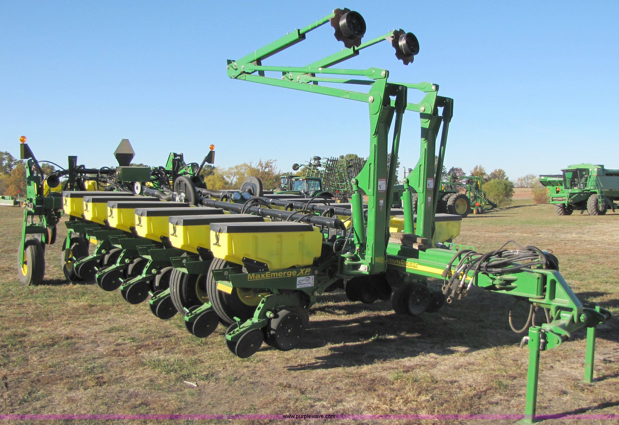 2007 John Deere 1770nt 16 Row Planter Item A4619 Sold D