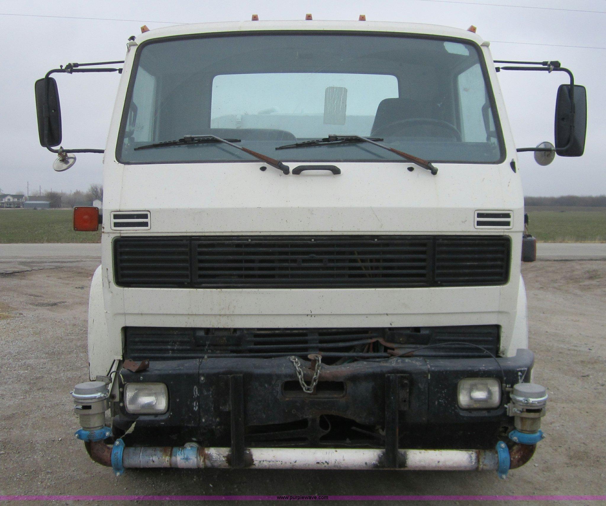 Kenworth K300 Fuse Box Water Truck Item Sold December 2048x1710