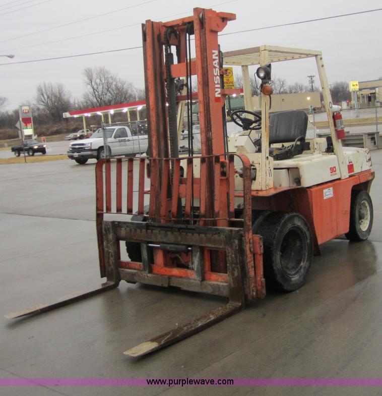 A5676 Image For Item Nissan 90 Forklift