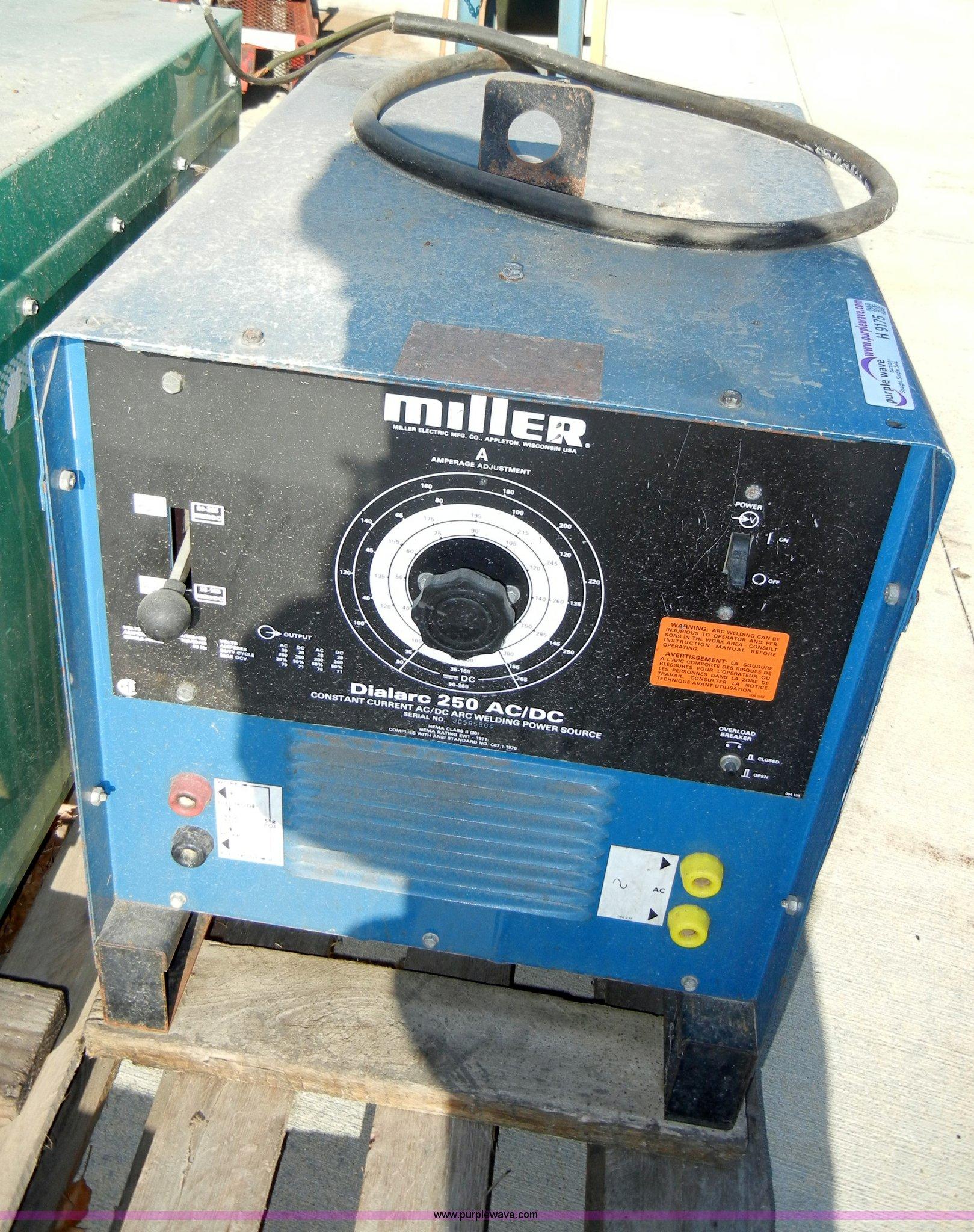 H9175 image for item H9175 Miller Dialarc 250 AC/DC ...