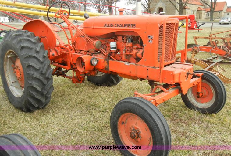 Allis Chalmers Wd45 : Allis chalmers wd tractor with attachments item a