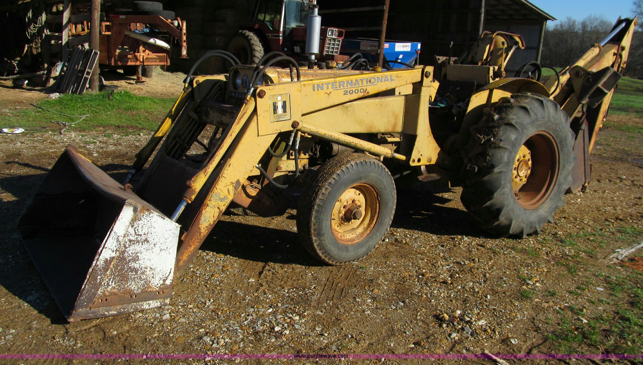 Ih 2424 Tractor Loader : International tractor with loader and backhoe item