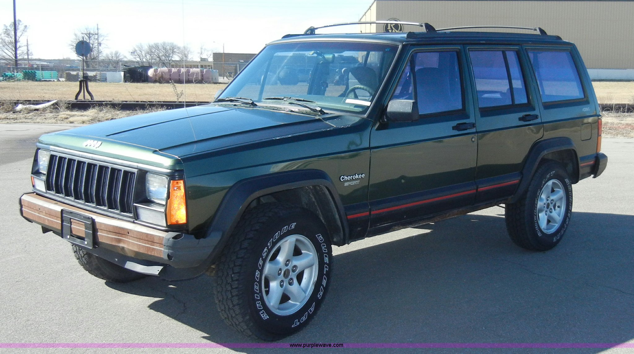 Good D9760 Image For Item D9760 1995 Jeep Cherokee Sport SUV